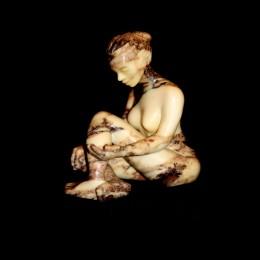 La Perle.Marbre d'Italie.25 cm x11 cm x 23 cm