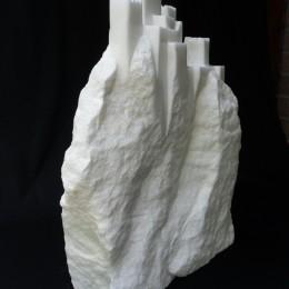 """""""Imprenable"""" - albâtre - hauteur : 44 cm"""