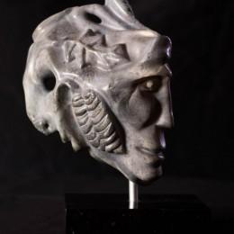 Titre : Chasseur /GuerrierMatière : pierre stéatiteDimension: H 32cm x L 28cm x P 15cm