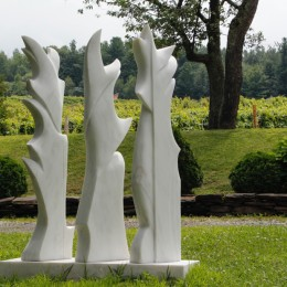 LES TROIS GRÂCES Marbre48'' x 60 '' x 10''122 x 153 x 25 cm